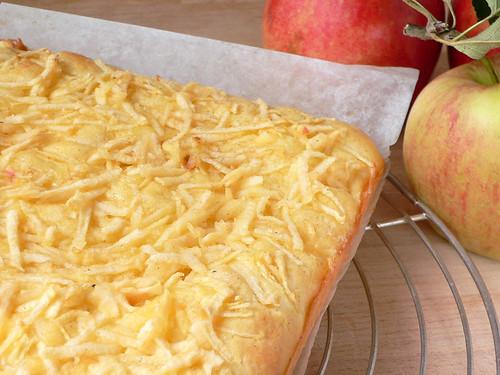 Butterkuchen mit Äpfeln