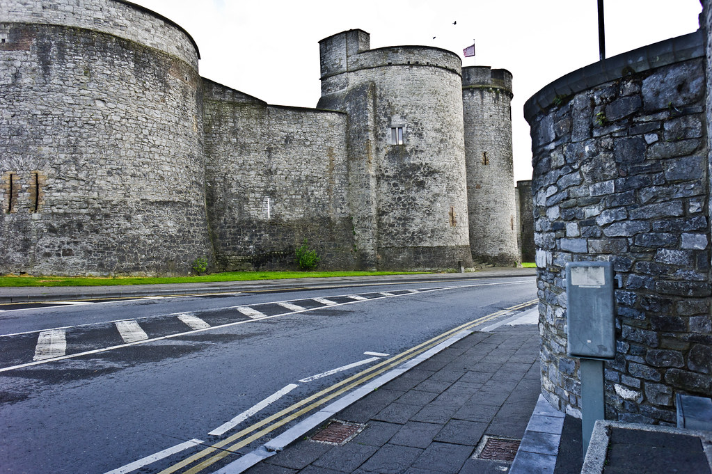 King John's Castle is a castle located on King's Island in Limerick, Ireland, next to the River Shannon.