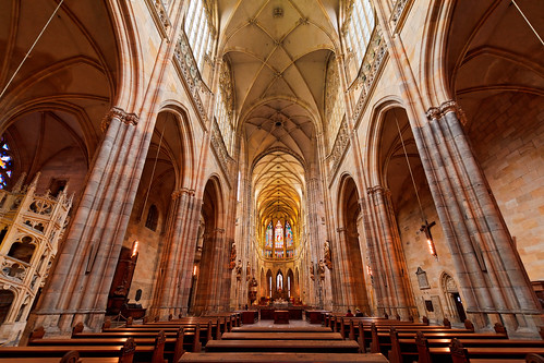 [フリー画像] 建築・建造物, 教会・聖堂・モスク, チェコ, 聖ヴィート大聖堂, 201106101900