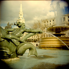 Water (AndyWilson) Tags: london 120 film holga lomo toycamera trafalgarsquare fountains adc 120n diyc41 touristforaday