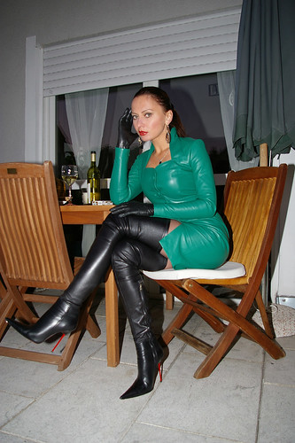 Sexy lady Nadja with lovely leather thigh high stiletto boots - a ...