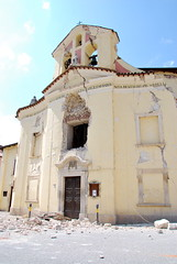 Santa Maria Church in Paganica, damaged by 2009 L'Aquila Earthquake. CC-BY-NC by Flickr user pablo72.
