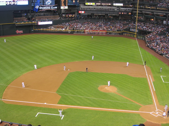 Arizona Diamondbacks 9, Los Angeles Dodgers 4, Chase Field, Phoenix, Arizona (13)