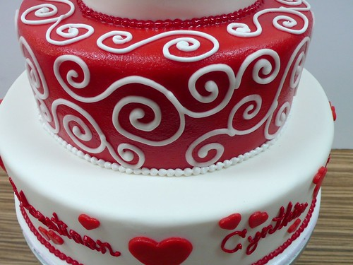 Red And White Wedding Cakes