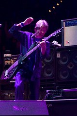 Phil Lesh of Ratdog & The Dead on 4/14/09 at the Verizon Center, Washington, D.C.