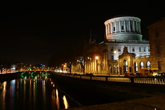 Four Courts Dublin Night Shot (Alan Wrights) Tags: ireland dublin night river four liffey courthouse courts