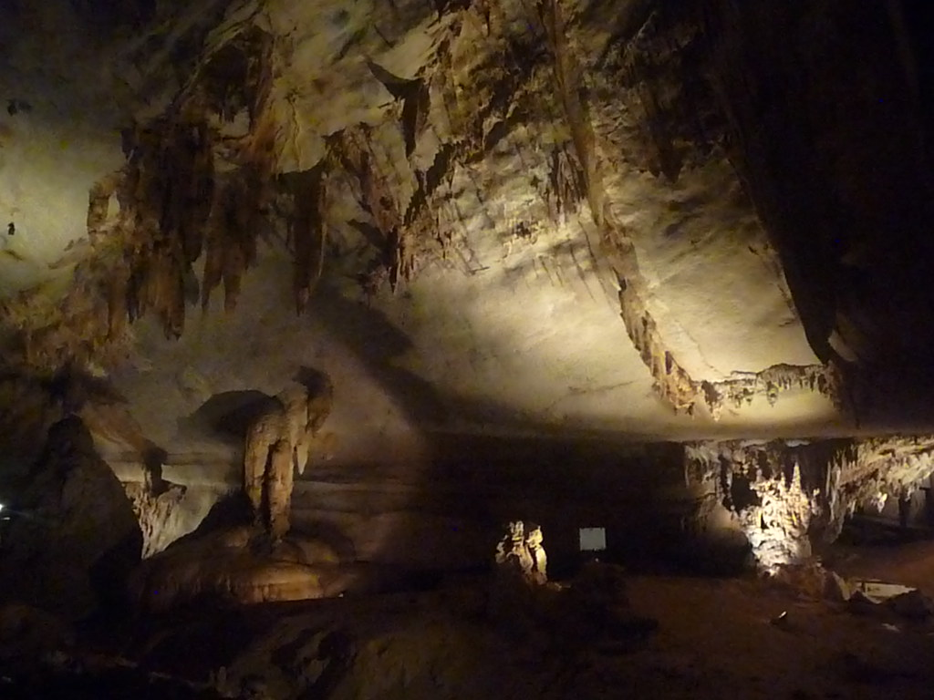 Mulu-Lang Cave (29)