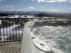 Raven Penthouse Hot Tub, Big White