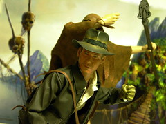 Indiana in a Fix (1/6th shooter) Tags: actionfigure harrisonford heroes indianajones raidersofthelostark theotherside templeofdoom sideshowtoys
