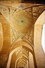 09_07 SHIRAZ - Masjed-e Vakil (Vakil Mosque) (k_man123) Tags: architecture arch iran interior patterns muslim islam decoration mosque dome shiraz archway vakil masjed vakilmosque masjedevakil