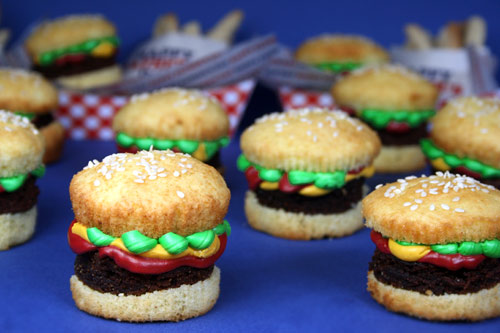 Brownie Burger Cupcakes & Cookie