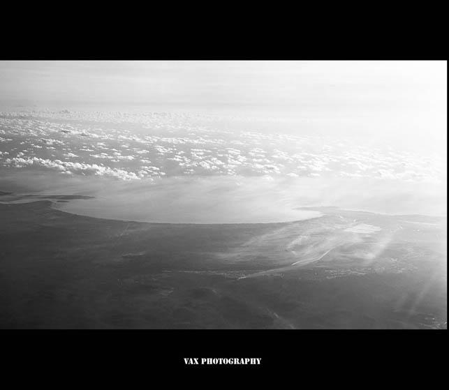 fly in sky 01