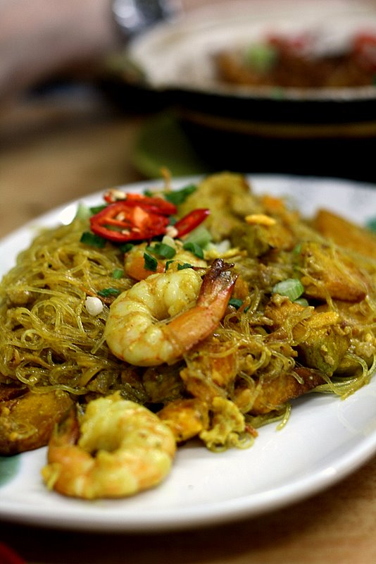 noodles with pumpkin and salted egg yolk