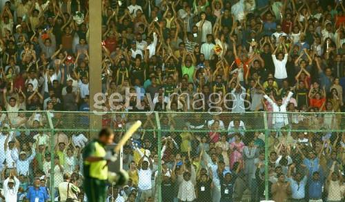 A Hero's innings-India vs Pakistan 1st ODI Karachi 2004