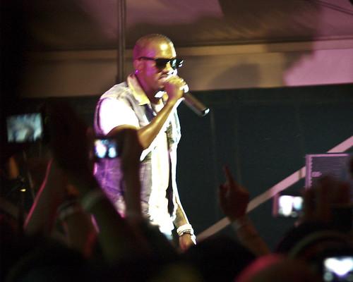 03.21h Kanye West @ Fader (1)
