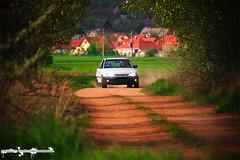 Opel astra in action (Kárpáti Tamás) Tags: trees white black field car playground lights setup rims panning astra xenon opel fw drift handbrake strobist technomagnesio 18i