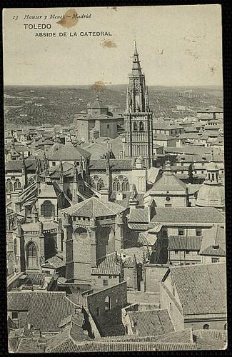 Catedral de Toledo en 1907 aún con el Cimborrio antes de ser demolido en 1910. Foto Hauser y Menet