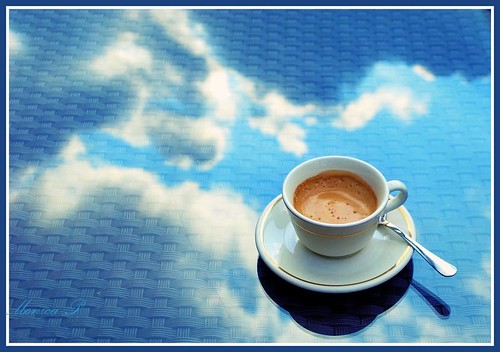 CLOUDS IN MY COFFEE ♥