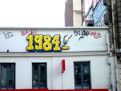 StreetArt, Paris, France (balavenise) Tags: streetart paris france art wall publicspace word graffiti mural artist tag urbanart 1984 mur criture lettres mot palabra arteurbano artdelarue arturbain ephemere artedecalle artsauvage efemero flickrgiants