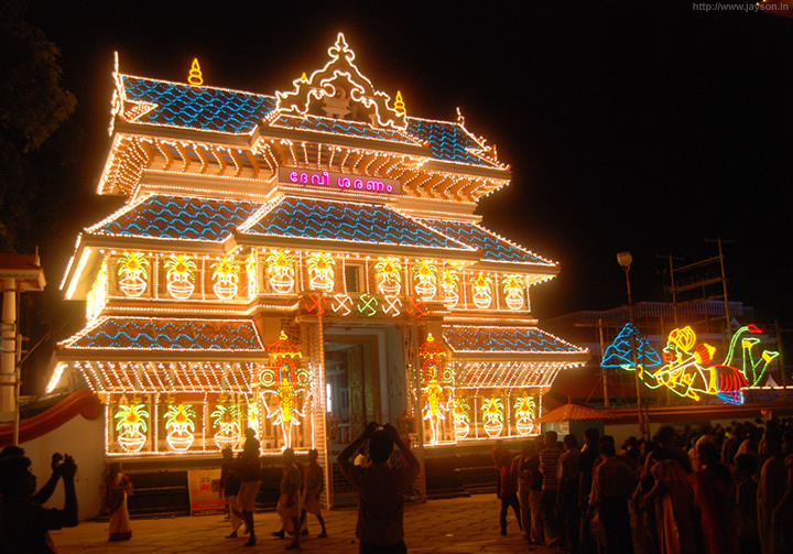 thrissur pooram - Paramekkavu temple at night