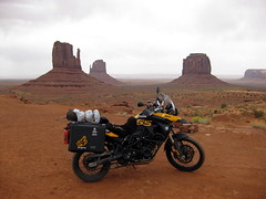 Trip_Out_West_May_2009 614 (outpostbabu) Tags: bmw monumentvalley f800gs tripoutwestmay2009