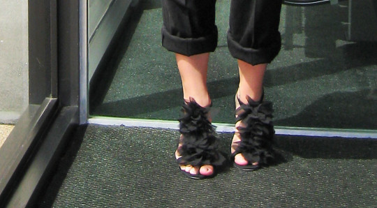 black-petal-sandals-3