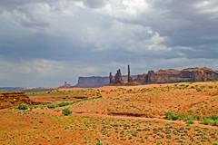 Monument Valley. (David Freuthal) Tags: arizona cliff usa southwest landscape desert az monumentvalley photoshopelements monumentvalleynavajotribalpark totumpole