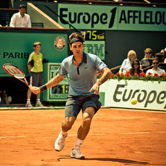 22.Roger Federer @ Roland Garros 2009 (Doudou) Tags: paris france men public ball court square atp sunny tommy tennis roland terre players roger simple haas philippe federer garros professionnelle battue messieurs internationaux chatrier