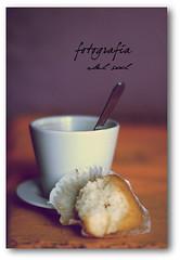 #8 (sool del) Tags: canon cafe f14 huelva verano fotografia taza junio magdalena composicion cuchara canoneos400d cafeleche delsool maravilloso50mm