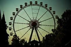 O mundo gira (let's fotografar) Tags: park parque sky cu 5d 28135mm hopihari rodagigante ferriswhell