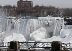 Niagara Falls in ice and snow (~Roger~) Tags: winter canada ice niagarafalls niagara panasonicdmcfz18