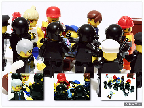 London G20 summit riots in all their Lego detail