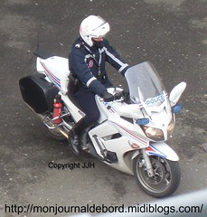 motard police nationale (tripuniforme) Tags: leather 1025fav uniform boots police cop yamaha fjr fjr1300 bottes motard uniforme 1300 policeofficer cuir breeches motorcyclecop motorcop policeuniform greatphotos leatherboots policenationale frenchpolice copboots tallleatherboots yamahafjr1300 menboots photopolice bottesdecuir wornboots bikermen bottesdepolice frenchmotorcop motardpolicenationale photomotardpolice yamahafjr1300police photomotard motorcopboots bottesmotard bottesmotardpolice motorcyclecopboots uniformedepolice bottesdemecs photobottesdepolice photobottesdepolicenationale