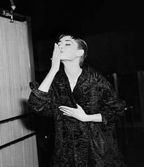 #46-Audrey Hepburn Blowing A Kiss To Fans