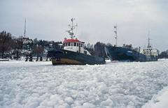 VIKTOR & CARAMBA (Arne Arvidsson) Tags: ice is ship sweden schweden vessel tugboat sverige icebreaker trollhttan bogserbt trollhttekanal isbrytare