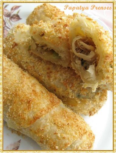 tavuklu mantarlı börek