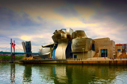 Museo Guggenheim de Bilbao por Pilar Azaña.