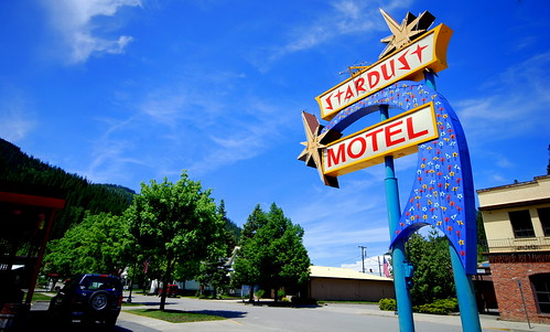 YIP.147 Stardust Motel