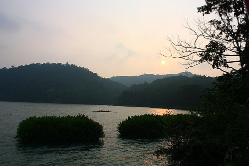 sun moon lake sunset