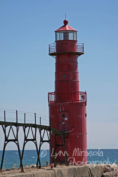 Algoma Pierhead Lighthouse 2