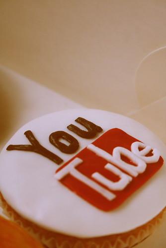 YouTube cupcake