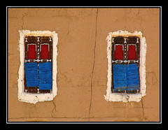 2 finestres 2 (Kaobanga) Tags: lumix ventanas yemen finestres ymen iemen  kaobanga  alyaman aljumhuriyahalyamaniyah alumhriyyahalyamaniyyah