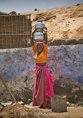 PUSHKAR/vivid colours (inigolai) Tags: world travel woman india digital women colorful colours working culture olympus traveller adventure dailylife pushkar discovery e1 zuiko rajasthan viajar travelogue planetearth viajero travelphotography zd travellife peopleoftheworld paople voyageursdumonde earthasia travelplanet worldwidetravelogue 4tografie