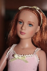 Marley with red straight hair (fashiondollcrazy) Tags: treasure sister wentworth marley redheads tylers tonner barbiebeurs barbiefair