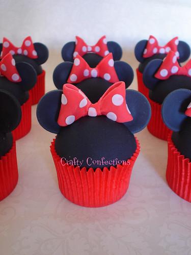 Mini Minnie cakes!
