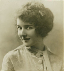 pz0061a (cosmorochester collects) Tags: 1920s actress maryphilbin