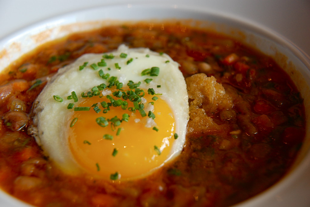 bean stew with egg