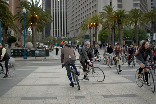 SF Tweed Riders roll, photo by Audrey Penven