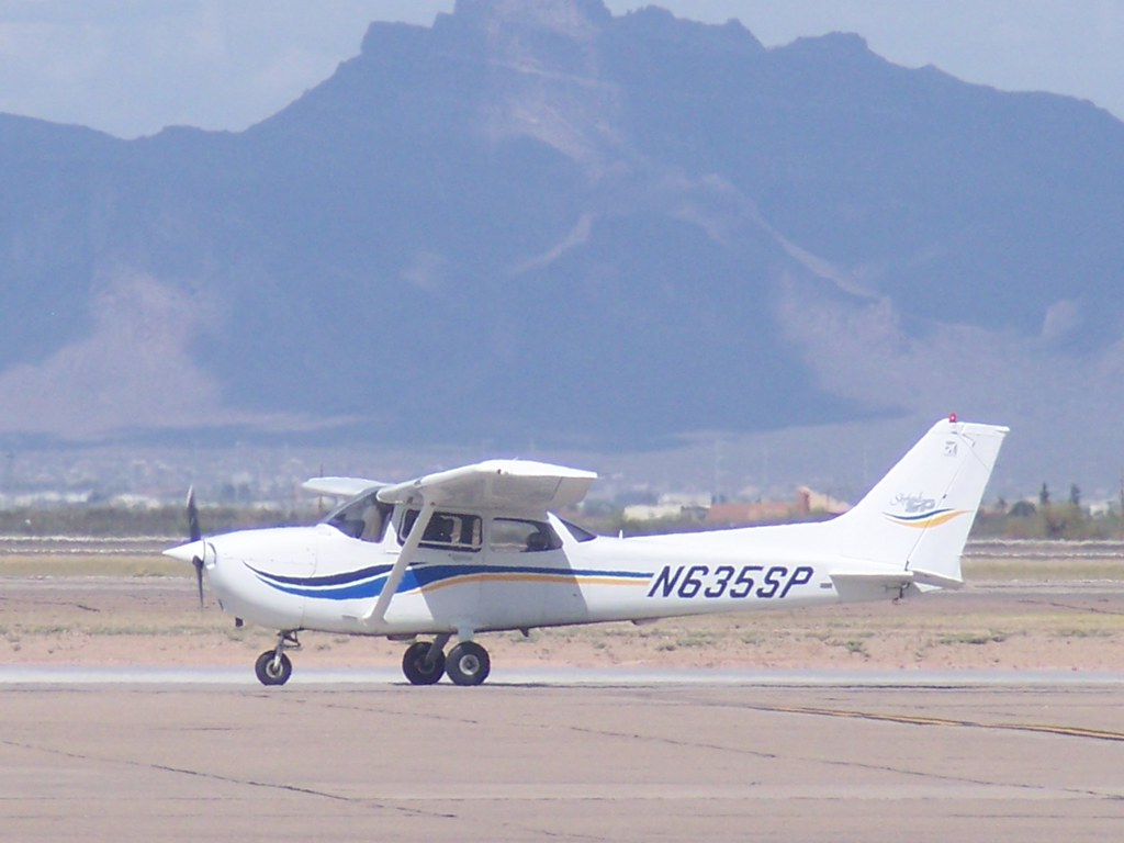 Cessna 172SP Skyhawk N635SP