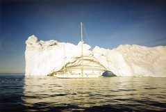 940725 Nearing the Devil's Thumb (rona.h) Tags: arctic greenland 1994 cloudnine devilsthumb ronah sailboatsandsailing kullorsuaq bowman57